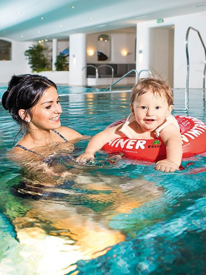Kids love the Hochschober swimming pool and the heated seaside resort.