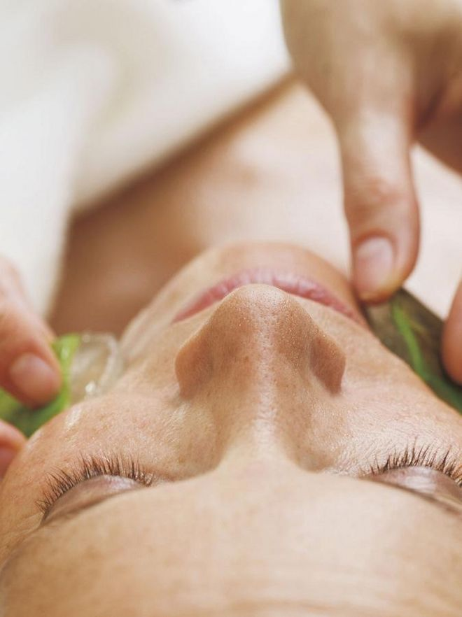 Facial massage with Pharmos Natur Hotel Hochschober